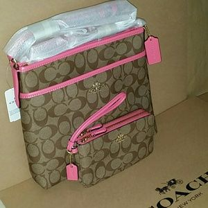 🌷{NEW}Coach Crossbody Bag & Wristlet Set🌷✔